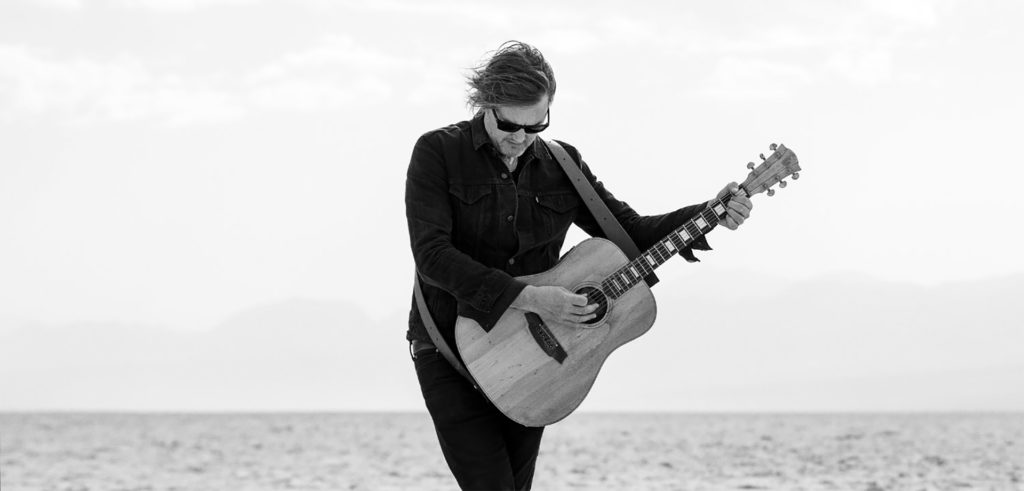 Matt Ellis - Singer Songwriter in California desert